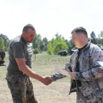 Нацгвардію України вітали грамотами, піснями і танцями