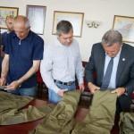 Активісти «Сектору безпеки» отримали 15 форм і шеврони з літаком