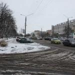 Як у Борисполі боролися з першим снігом