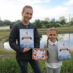 Катя та Оленка Калініченки найкраще читають гуморески Глазового