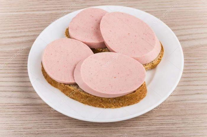 бутерброд з ковбасою2