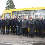 Шкільний автобус :  передноворічний подарунок для ревнівських учнів