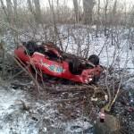 На в'їзді у Бориспіль авто злетіло у кювет: водій навіть не подряпався