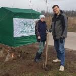 Зробимо Україну зеленою: у Горі висадили кленову алею