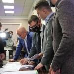 Депутати Київоблради не обрали голову: жоден із кандидатів не отримав необхідної кількості голосів