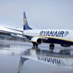 Ryanair призупиняє 70% рейсів із Києва до весни