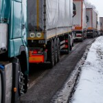 Київщина через снігопад обмежує рух вантажівок