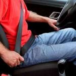Лише 39% українських водіїв постійно пристібаються в авто