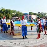 Бориспільська громада вшанувала жовто-блакитний стяг